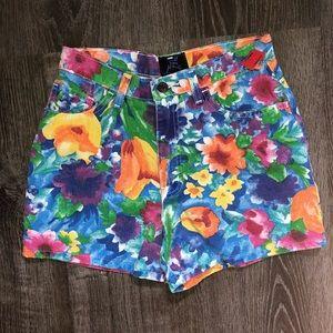 Pants - Vintage high waist floral print shorts
